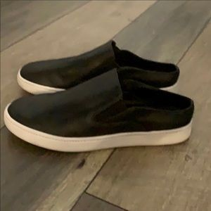 Vince black leather mules sneakers tennis shoes 6